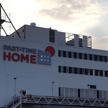 Ny skyltanläggning PART-TIME HOME, Slagsta