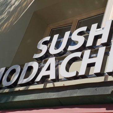 Led skylt till Sushi Tomodachi